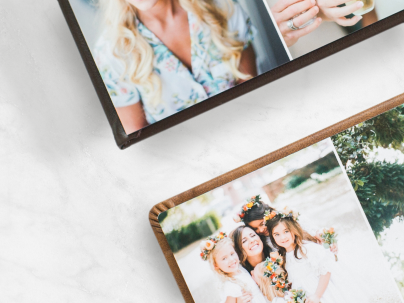 Open wedding albums with rounded & square Page Corners